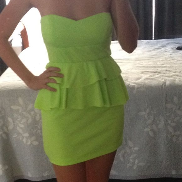 Neon green dress Great condition! Worn once! Nothing wrong bebe Dresses Mini