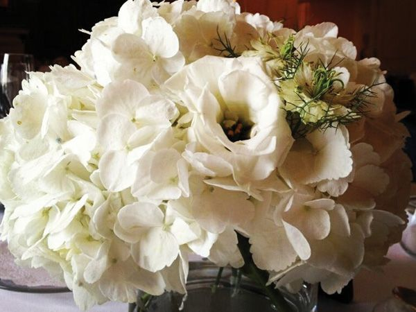 Centros de mesa para bodas en el 2014 | El blog de María José: Wedding, White Centerpiece, White Wonderland, Wedding Decorations Flowers, Table, Table, Bredl Weddings