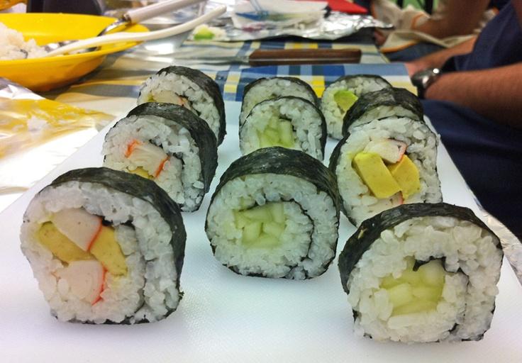 California Maki y Kyuuri Maki - http://obentotime.wordpress.com/2012/02/20/california-maki-sushi