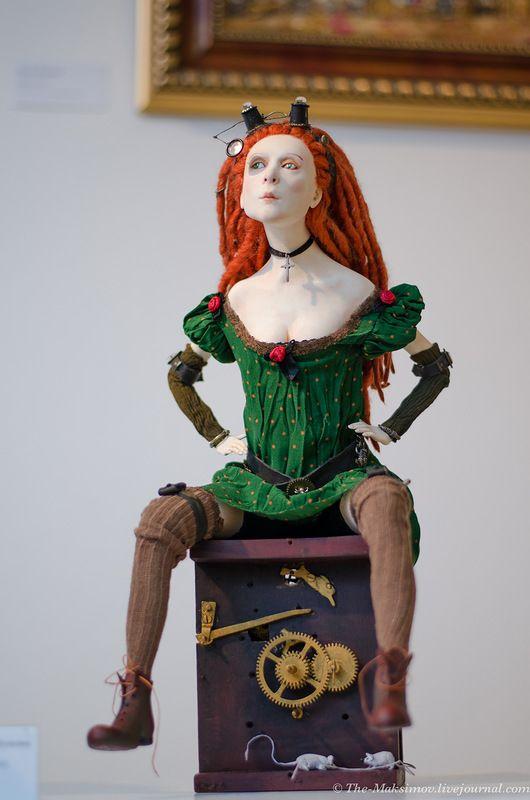 """Наконец-то выбрал время и посетил прекрасную выставку, которая в этом году совпала с 10-летием клуба-студии """"Кукольная коллекция"""", выставка проходит с…"""