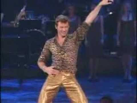 Flashback Friday: Remembering Hugh Jackman's Tight-Pants'd Broadway Debut - Video Flash - Oct 24, 2014