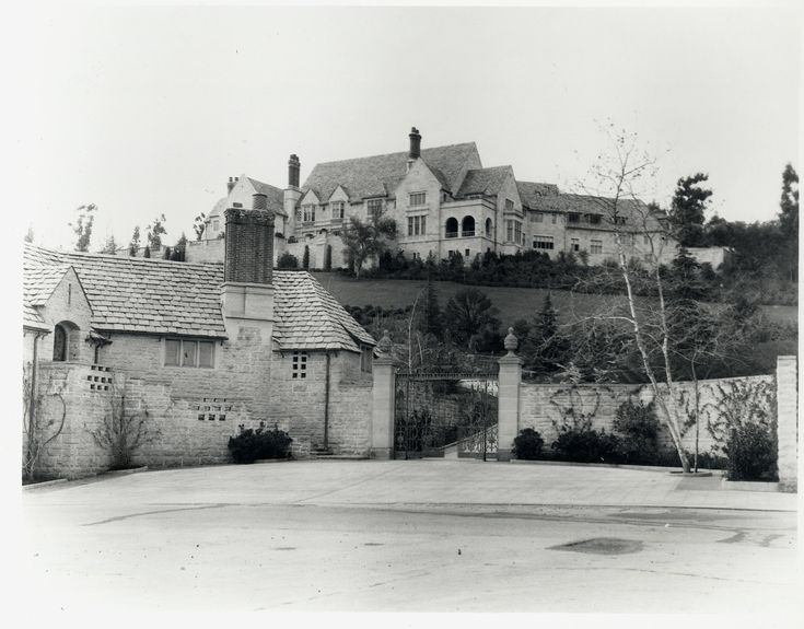 Greystone The Doheny Mansion In Beverly Hils The