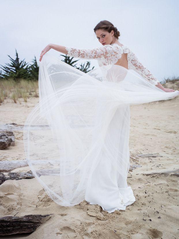 La mariee aux pieds nus - Confidentiel Creation - Robes de mariee - Collection 2015 - Modele - Meryl