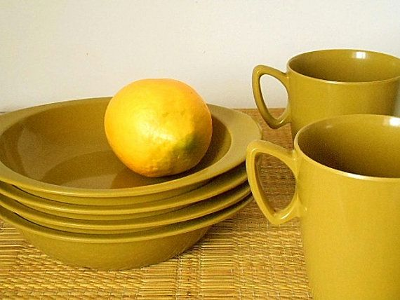 Retro Melmac Bessemer Australia Set of Four Bowls by MYVINTAGEMOON