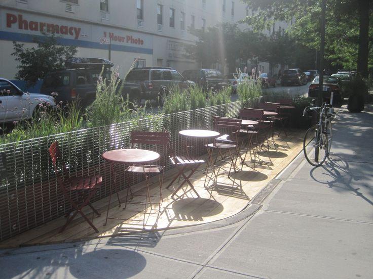 Les 65 meilleures images du tableau parklets from for Jardin urbain green bar