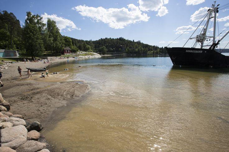 https://flic.kr/p/JymvyX   Påfyll av sand på Oslos strender   Hvervenbukta