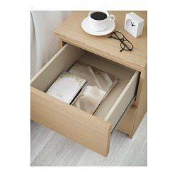 IKEA - MALM, Kommode 2 skuffer, egetræsfiner med hvid bejdse, , Kan også bruges som sengebord.Ægte træfiner sikrer, at kommoden bliver smukkere med årene.Letløbende skuffer med skuffestop.