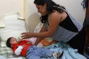 Mamás mexicanas 'desconfían' de la leche materna