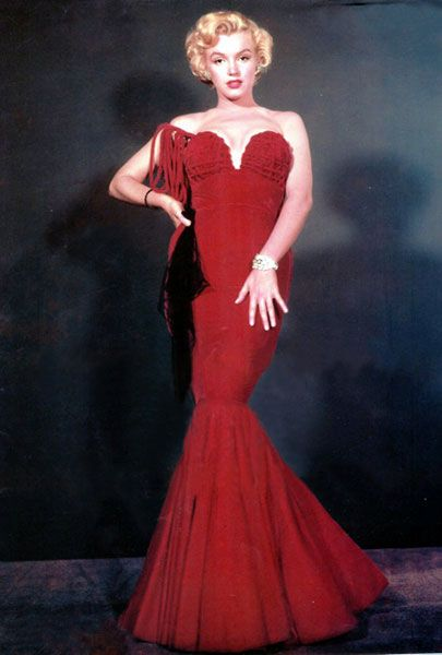 Marilyn Monroe wearing Oleg Cassini in 1951