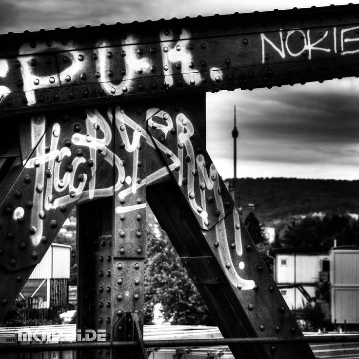 Markus Medinger Picture of the Day | Bild des Tages 05.07.2016 | www.mkmedi.de #mkmedi  #365picture #365DailyPicture #pictureoftheday #bilddestages #building  #instagood #photography #photo #art #photographer #exposure #composition #focus #capture #moment  #nyfeelings #bridge #brücke #blackandwhite #schwarzweiss #fernsehturm #tvtower #urban #city  #stuttgart #badenwuerttemberg #germany #deutschland  @deinstuttgart @badenwuerttemberg @visitbawu @srs_germany @srs_buildings @geheimtippstuttgart…