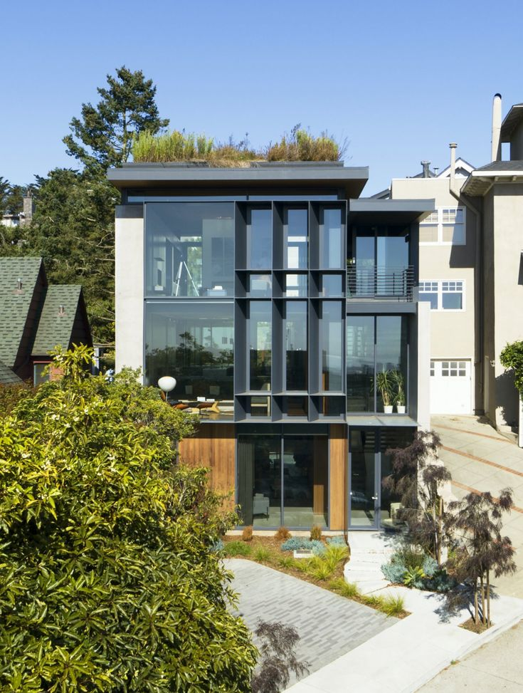 Photo 1 Of 20 In Three Generations Live Under One Green Roof In San In 2020 Green Roof House Roof Architecture Green Roof