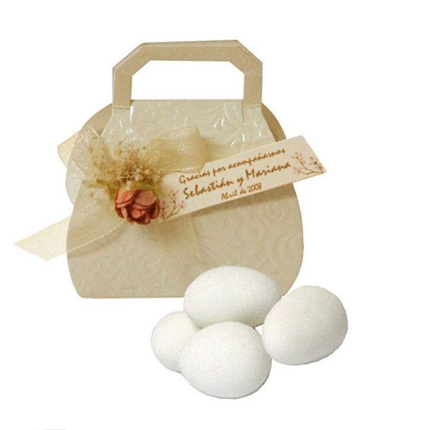 Recuerdo cartera matrimonio incluye huevos almendra