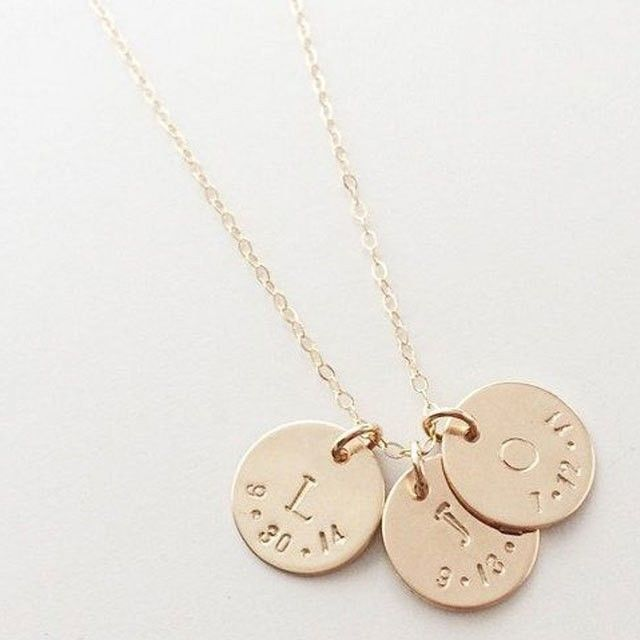 A baby on the way? Help mom to push with these amazing push presents!  http://ift.tt/25pSrU5  #icecarats #jewelry #fashion #accessories #jewelryjunky #latestfashion #trending #fashiontrends #affordablefashion #lookbook #fashionbloggers #bloggerstyle #best