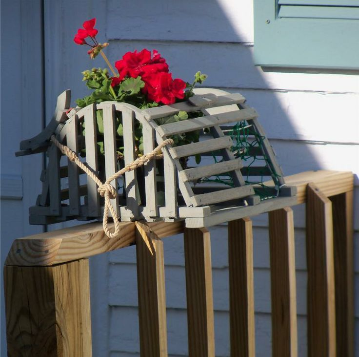 23 best images about Lobster Traps on Pinterest | Wire, Bottle and Lobsters