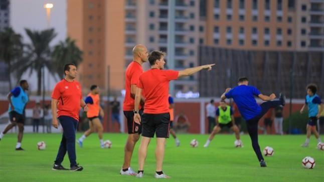 بسبب الإجازة بعثة الأهلي تعود من الإمارات غير كاملة Soccer Field Soccer Sports