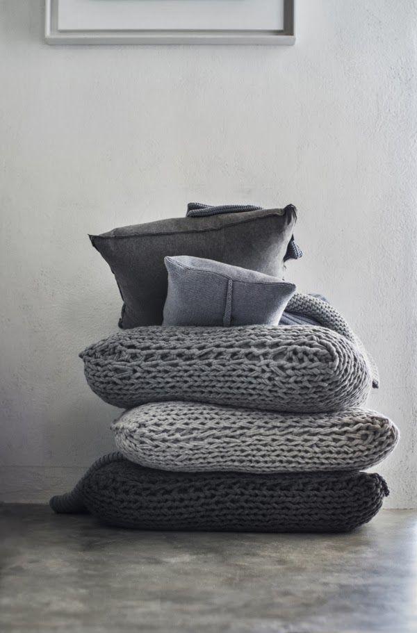 Vosgesparis: Fabrics and wood for monochrome homes