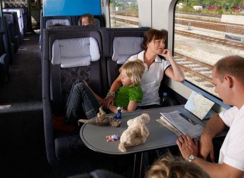 Come risparmiare viaggiando in treno http://www.amando.it/tempo-libero/viaggi-vacanze/come-risparmiare-viaggiando-treno.html
