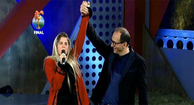 Bárbara é a grande campeã da sexta temporada http://newsevoce.com.br/afazenda/?p=2381