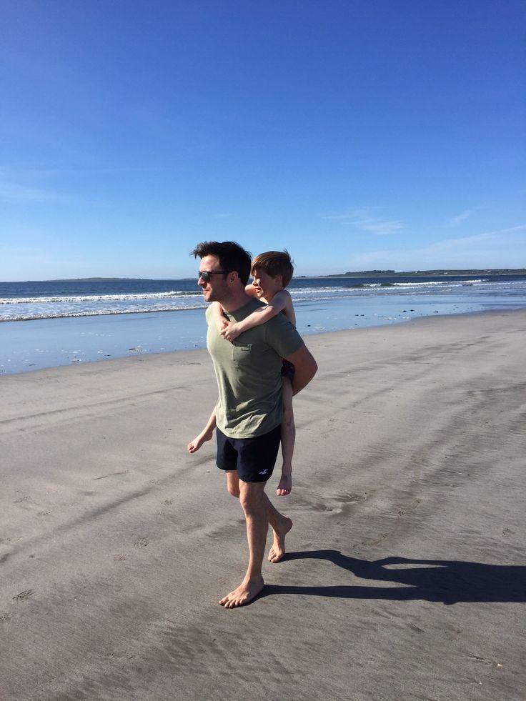 "@Gillian_filan on Twitter: ""Please come back Mr sun 🙏☀️😀 #family #fun #football #beach #ponies https://t.co/DwdqUBvjI4"""