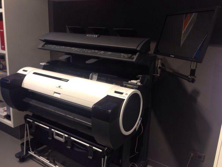 Vanaf nu onze eigen grootformaatprinter beschikbaar met scan mogelijkheid!