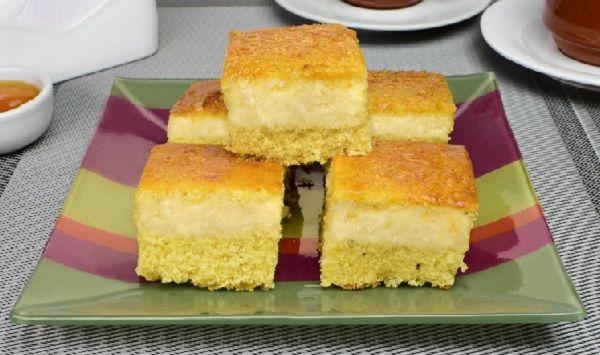 A receita de Bolo de Fubá com Mandioca é prática, deliciosa e perfeita para o café da tarde em família. Se eles gostarem de bolo de fubá e de bolo de mandi