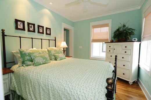 Beachy Bedroom Colors