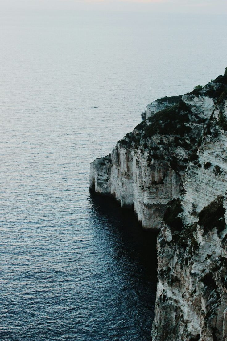 / Points of reference / Paxos, Greece.  Photo by Abigail Elliot @reaction_poetique
