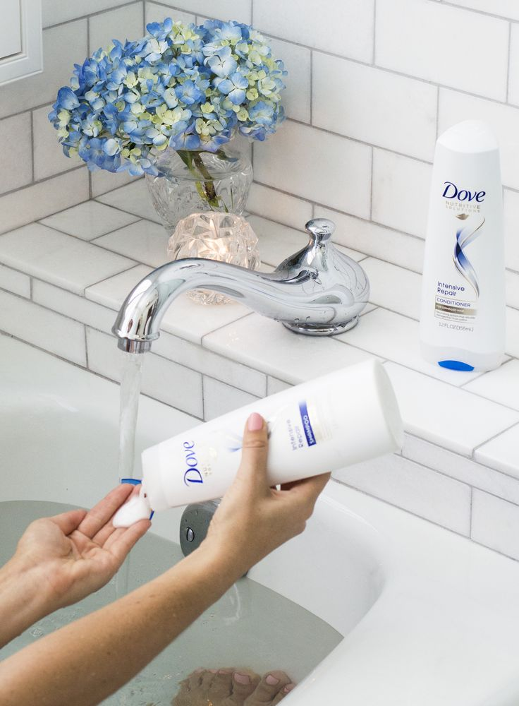 Sydne Style reviews the best shampoo for damaged hair from dove intensive care