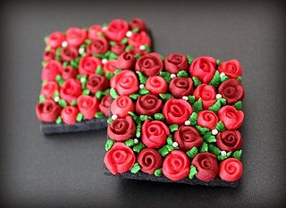 Red Flower Box Cookies