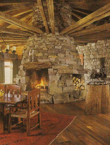 http://haben-sie-das-gewusst.blogspot.com/2012/08/bildnetwork-virales-social-media.html Double sided fireplace as a freestanding element.