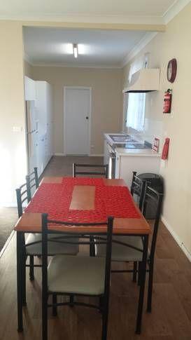 Dining: Greenacres Cottage Stay in Jindabyne