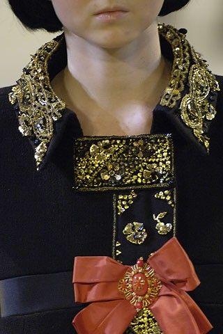 Christian Lacroix haute couture 06/07 elogedunoir.canalblog.com/archives/2006/07/14/2922589.html