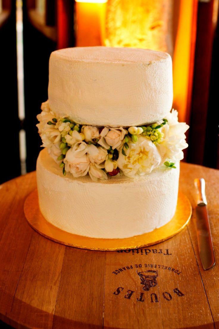 REAL WEDDING // Carla and Warwick.  Gluten free raspberry, chocolate and fruit wedding cake - 2 tiered. Photographed by Shona Henderson Photography. To see the full story or publish your wedding, visit www.weddingvault.com #weddingcake #rusticwedding #weddinginspiration #cake