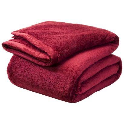 best 25 fuzzy blanket ideas on pinterest soft blankets grey fur throw and fluffy blankets. Black Bedroom Furniture Sets. Home Design Ideas
