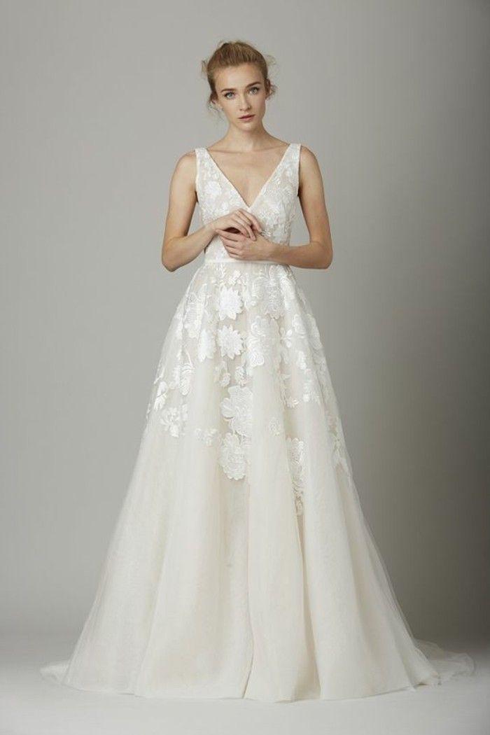 Hochzeitskleid mit blumen