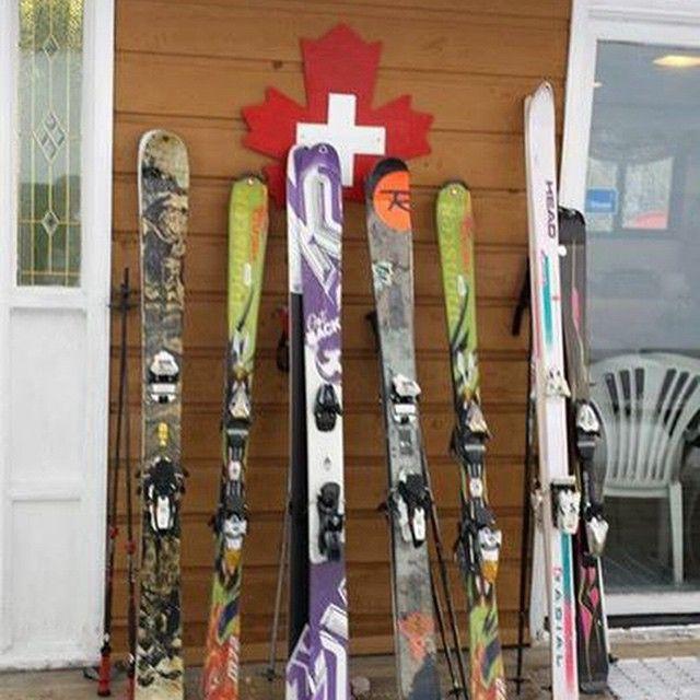 Spot the odd one out.  Day 4 of 2015 Canada Winter Games, at Tabor Mountain resort. Photo by Geoff Scotton #powdersnow #snow #ski #instadaily #instagood #photooftheday #picoftheday #firstresponder #kneedeepinwork #rescue #surfaceskis #skipatrulje #skipatrol #patrullas #datasaveslives #medic52app #savelife #rescue #skidpatrull #pistör #dirstonlastoff #pisteursecouriste #straightskis