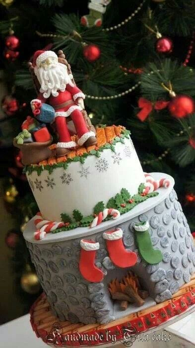 Santa fireplace cake
