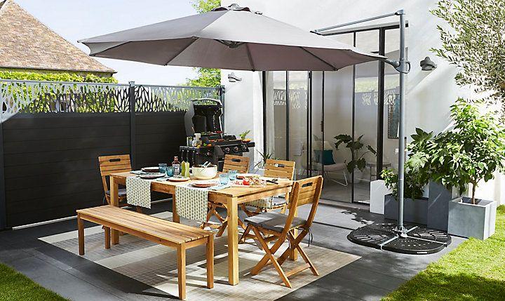Choisir Un Parasol Ou Une Voile D Ombrage Castorama En 2020 Parasol Terrasse Parasol Parasol Jardin
