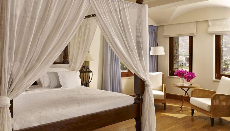 The Royal Blue Villa Bedroom