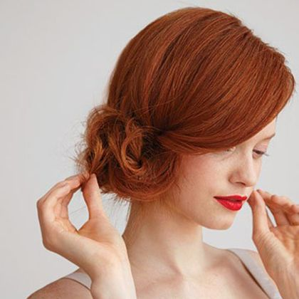 Nuante de par roscat aramiu: Hairstyles, Red Hair, Hair Styles, Makeup, Wedding Hairs, Side Buns, Updo