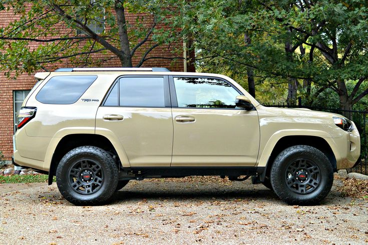 LOVE the color of this 4Runner...The 2016 Toyota TRD Pro 4Runner performs those tasks with style especially if the weather has taken a turn for the worse.