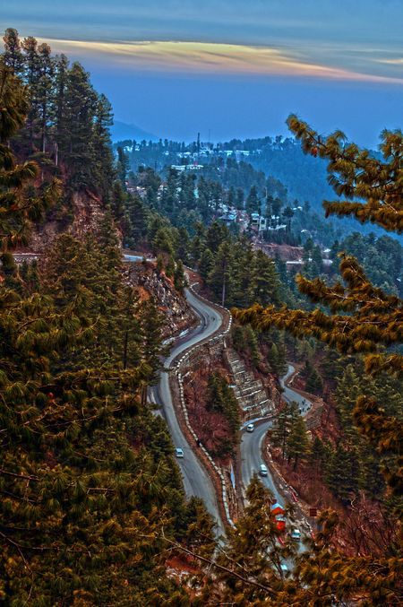 A beautiful landscape of Murree Pakistan by Usman Sharif, National Geographic.