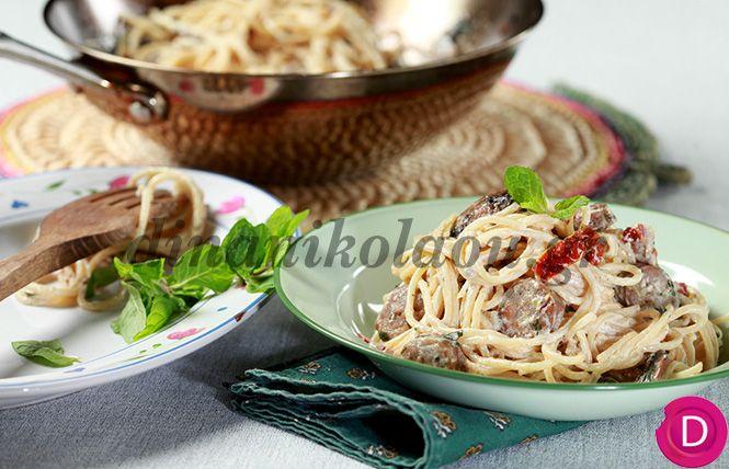 Σπαγγέτι με λουκάνικο Ευρυτανίας, μανιτάρια και δυόσμο | Dina Nikolaou