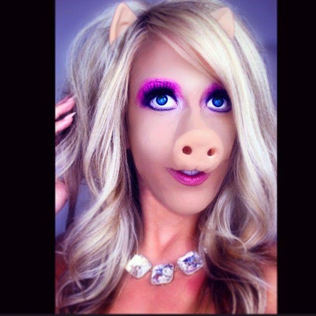 Miss Piggy Halloween Makeup!!!!