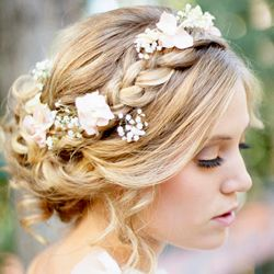 Braided hairstyles are en vogue for brides, we share eight fab step-by-step tutorials for updos with braids (pic Hair & Make-up by Steph).