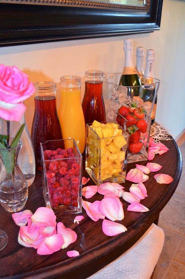 mimosa bar: morning of wedding for bridesmaids ... could also be used for a non-alcohol bar (for kids & non-drinkers) with sparkling cider.