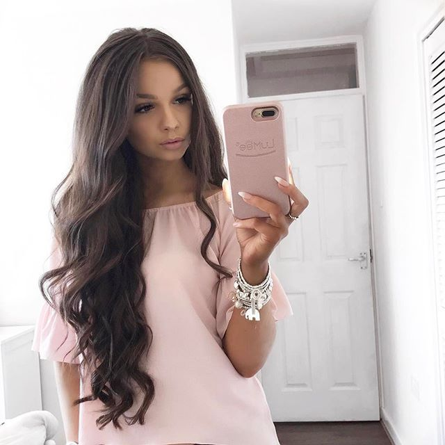 "the prettiest pink Bardot top there ever was check out my new blog post featuring my favourite @quizclothing spring picks  click the link in my bio ☝ . . Stacking my gorgeous silver @Chlobojewellery stack  . . Im blessed with princess hair thanks to my @foxylocks 24"" luxurious clip ins  my shade is cocoa  what's yours? use code ""FoxySarahJ"" to get you a free gift when ordering your own princess hair  you get a free set of beautiful real hair lashes with all extensions! Only wh..."