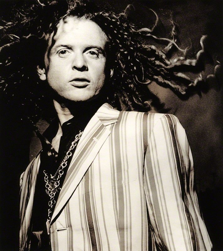 I like the look.  Mick Hucknall @ SimplyRed