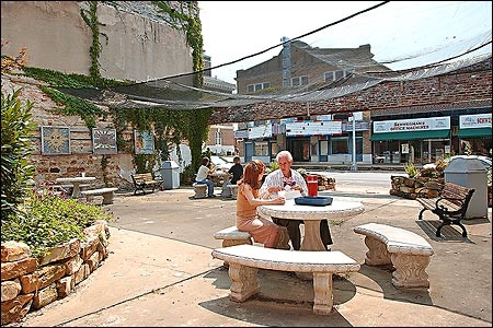 al fresco in downtown batesville, ar