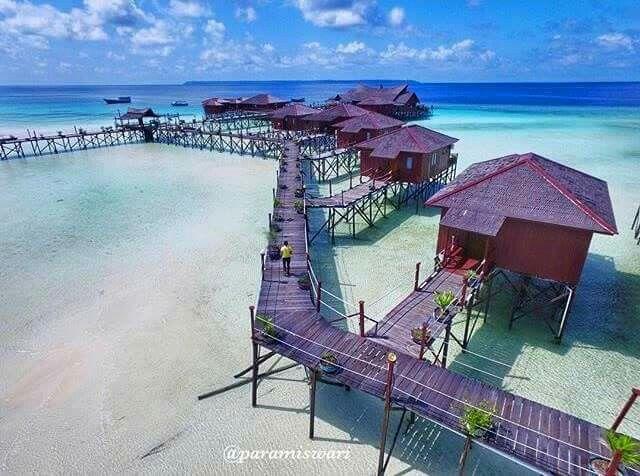 Maratua Island, Berau, East Kalimantan.  © Paramiswari